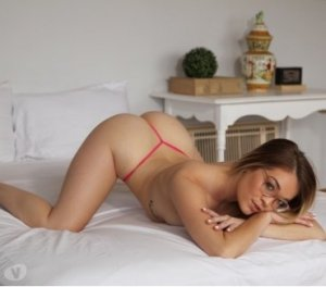Erinn european escorts South Miami Heights