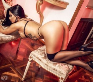 Ceciline transvestite outcall escort Banbury, UK