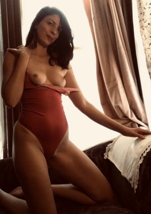 Boye european escorts in Laurel, VA